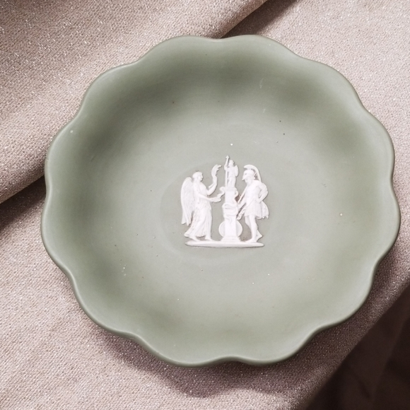 Wedgwood Other - Wedgwood Jasperware Green Trinket Dish